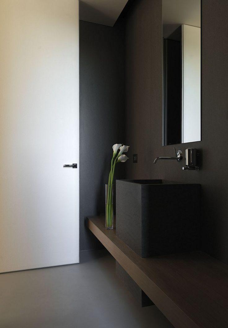 Rivestimenti bagno grigio e nero [tibonia.net]