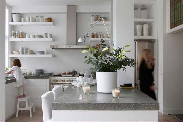 Keuken Planken Ikea : La cucina senza pensili, per molti pu? risultare scomoda perch? si