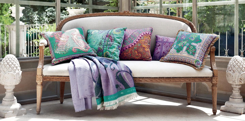 Interior design pagina 10 di 15 spazio soluzioni for Cuscini arredo divano