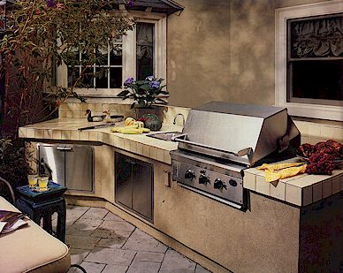 La cucina all aperto spazio soluzioni - Cucine esterne in muratura ...