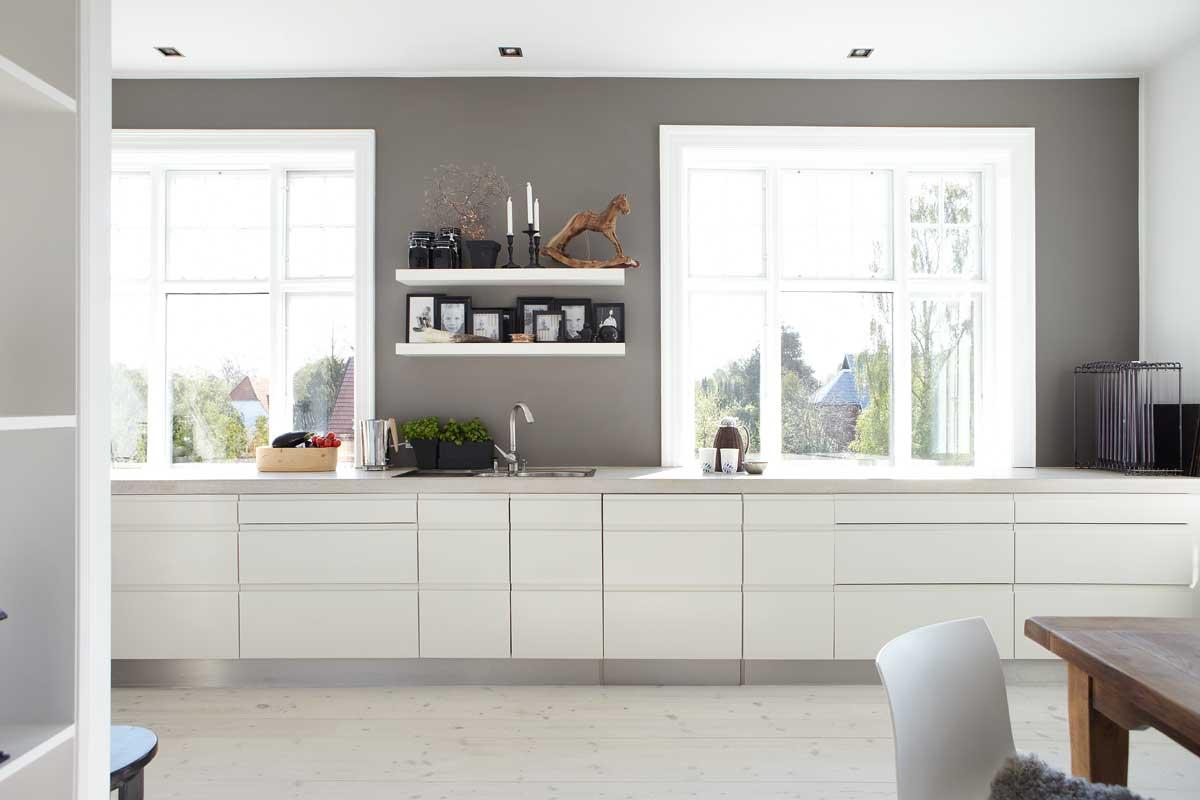 Cucina senza pensili spazio soluzioni - Pitturare mobili cucina ...