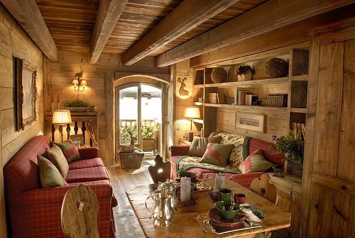 Casa in montagna elegante stile rustico spazio soluzioni for Interno di una casa