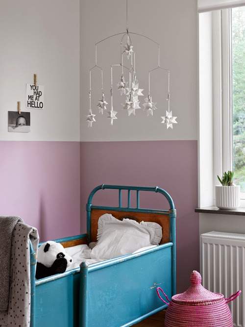 Pareti bicolore un idea adatta ad ogni stanza spazio - Dipingere camera da letto due colori ...