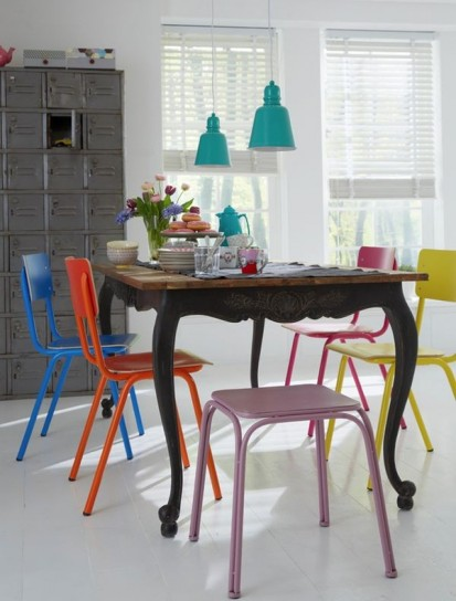 Sedie colorate per dare personalità - SPAZIO soluzioni