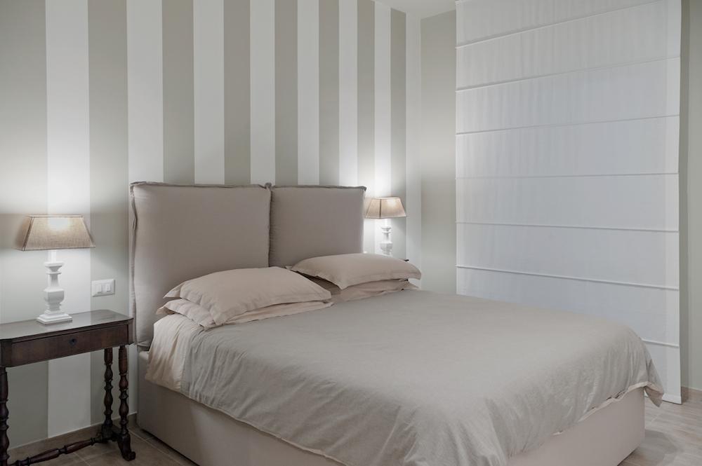 Camera da letto di pochi metri quadrati spazio soluzioni for Carta da parete per camera da letto