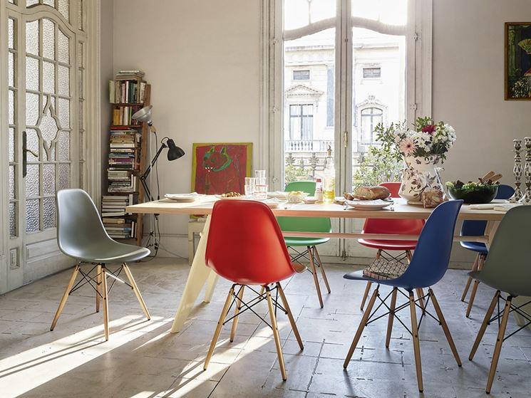 Sedie colorate per dare personalit spazio soluzioni for Sillas comedor maison du monde