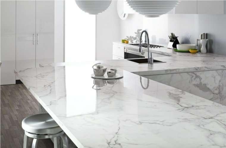 piano-cucina-in-marmo-lucido - SPAZIO soluzioni