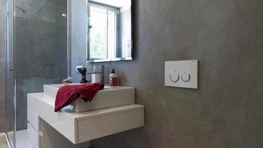 La resina per rinnovare il bagno. spazio soluzioni