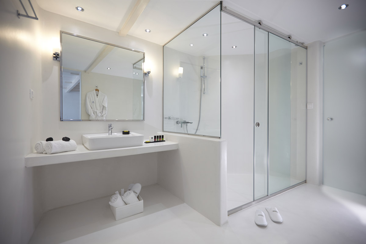 La resina per rinnovare il bagno spazio soluzioni